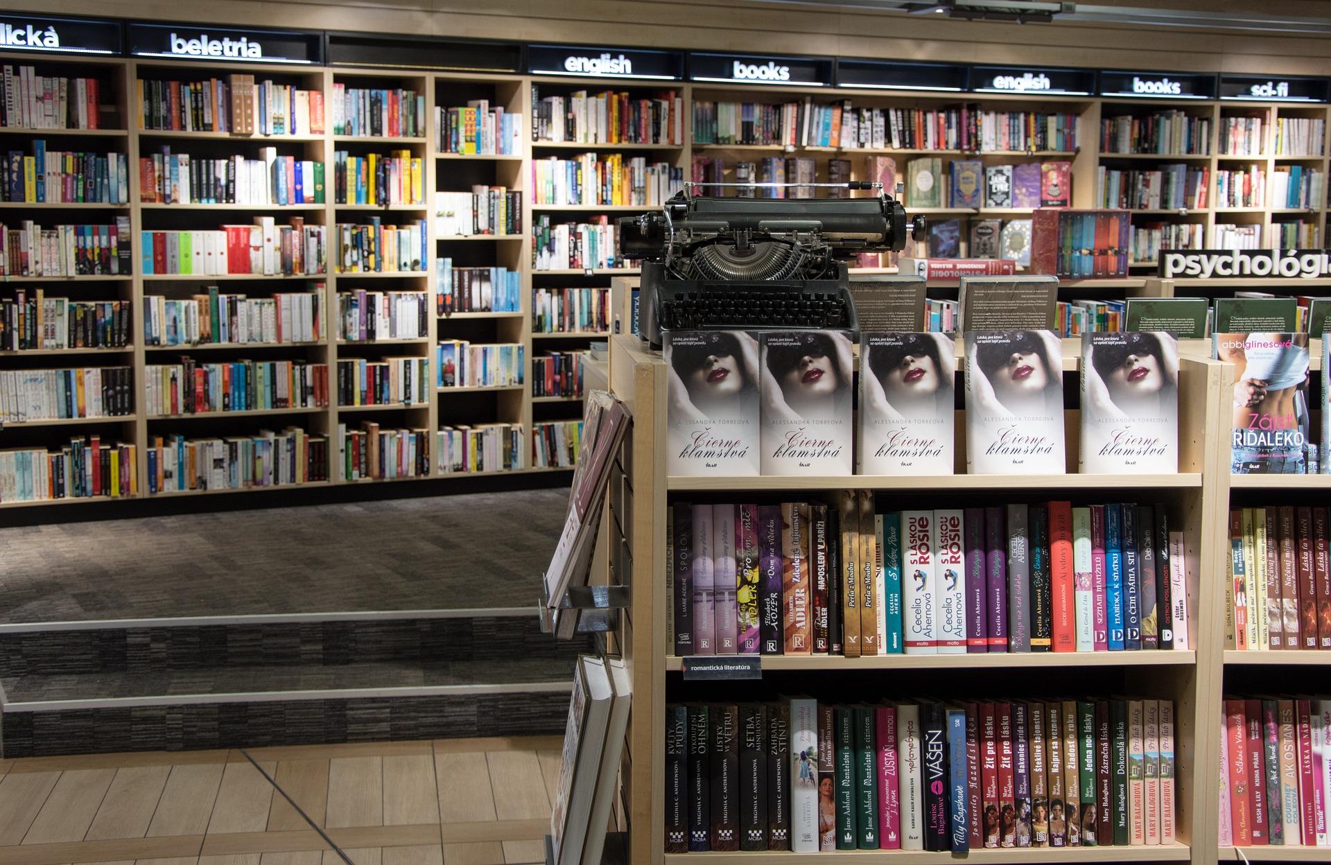 books-985939_1920.jpg