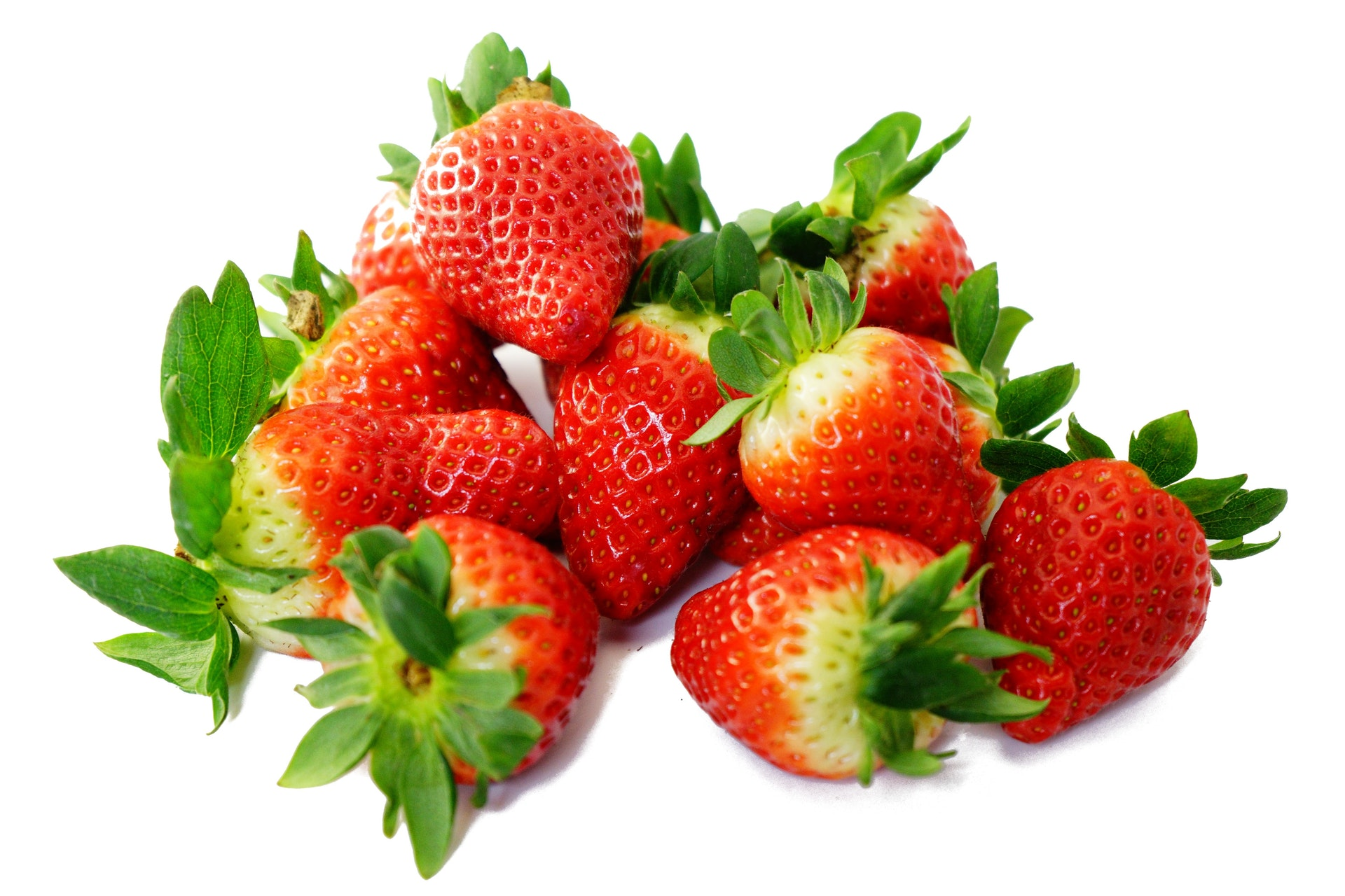 strawberries-sweet-red-delicious-55744.jpeg